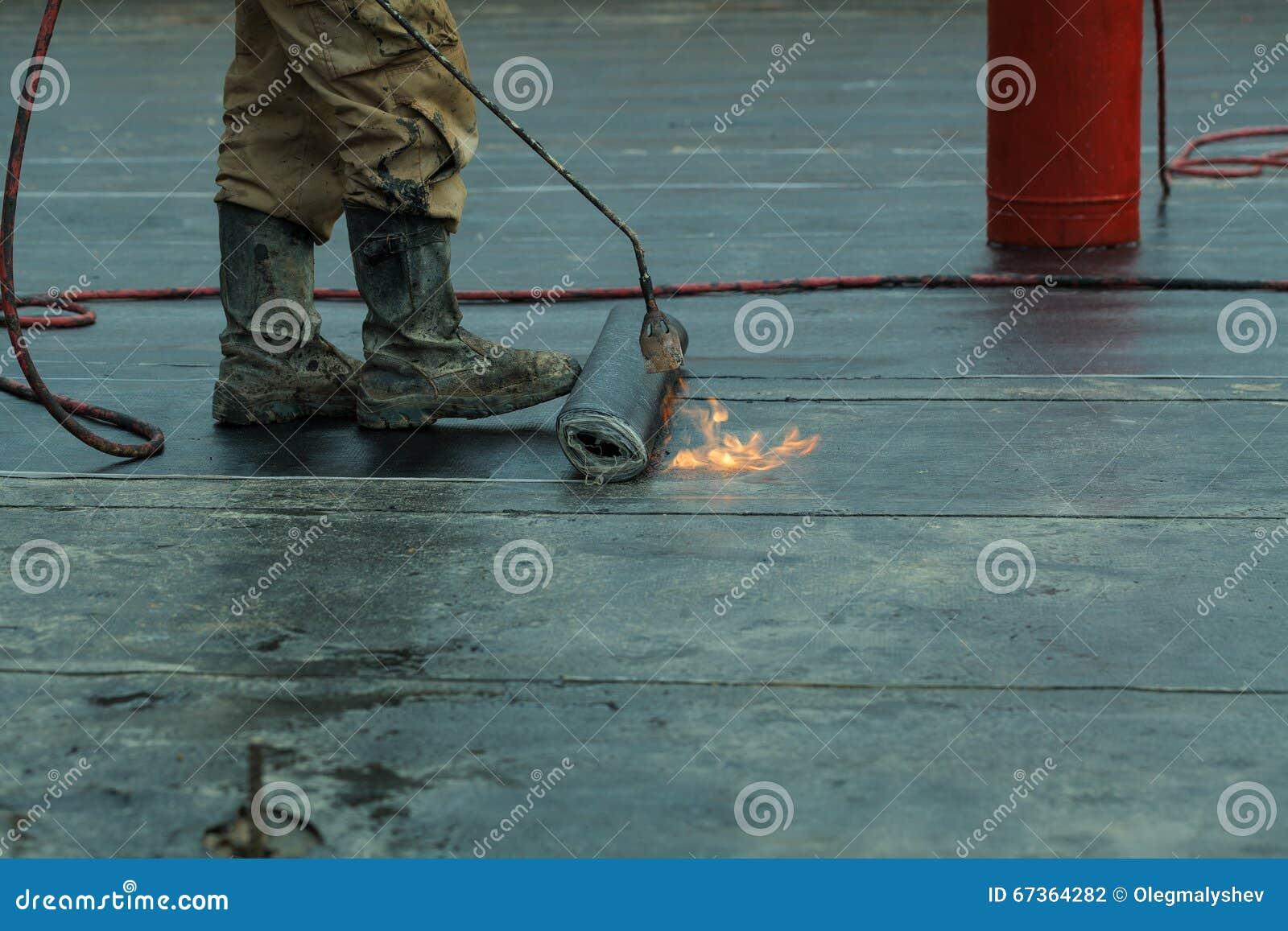 Installation waterproofing propane blowtorch dur