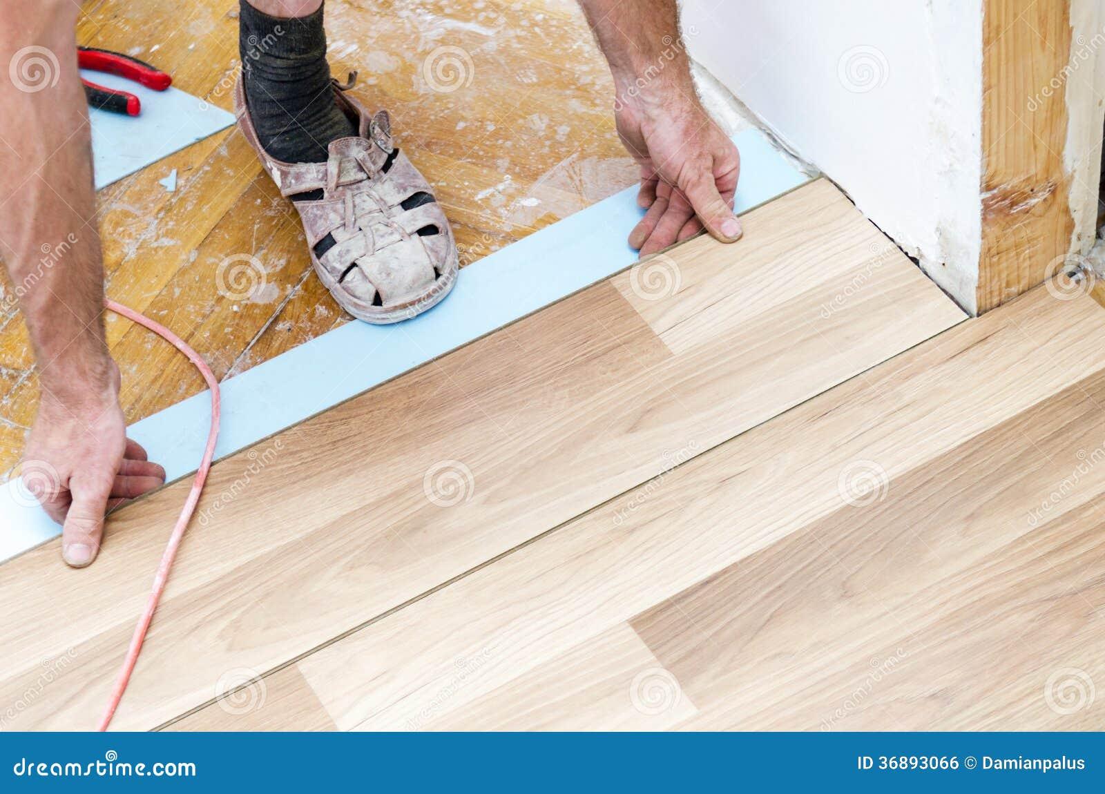 Download Installazione Del Pavimento Fotografia Stock - Immagine di interno, plancia: 36893066