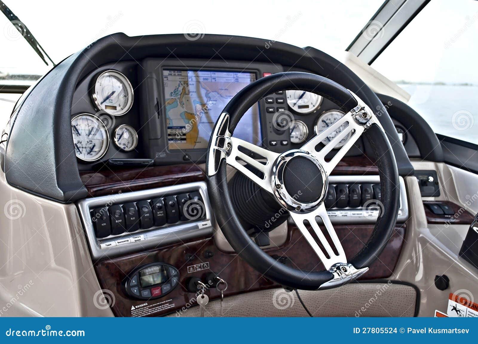 Cockpit Instrument Panel : Instrument panel of a motor boat cockpit stock images