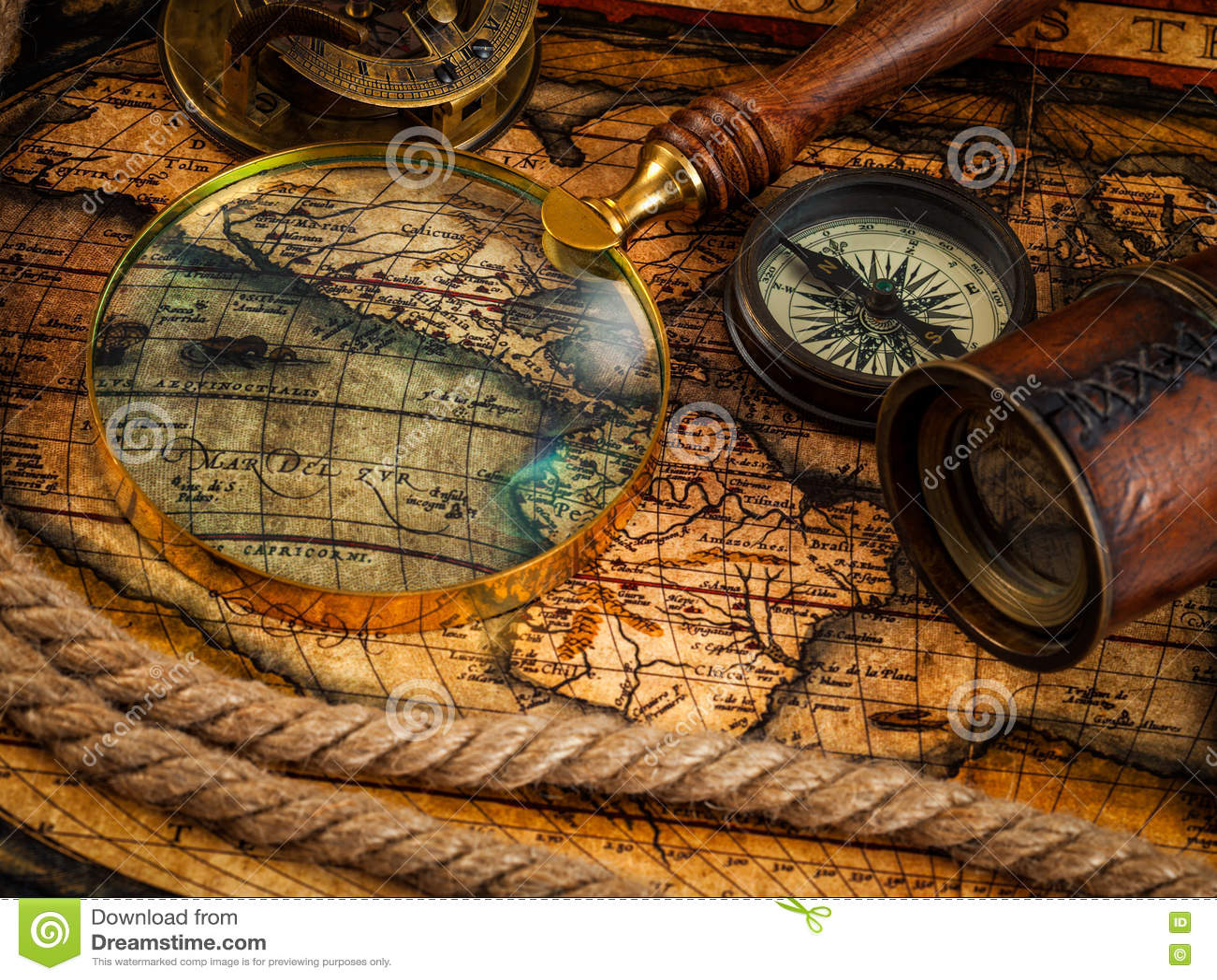 mapa navegação Instrumentos Velhos Do Compasso E Da Navegação Do Vintage No Mapa  mapa navegação