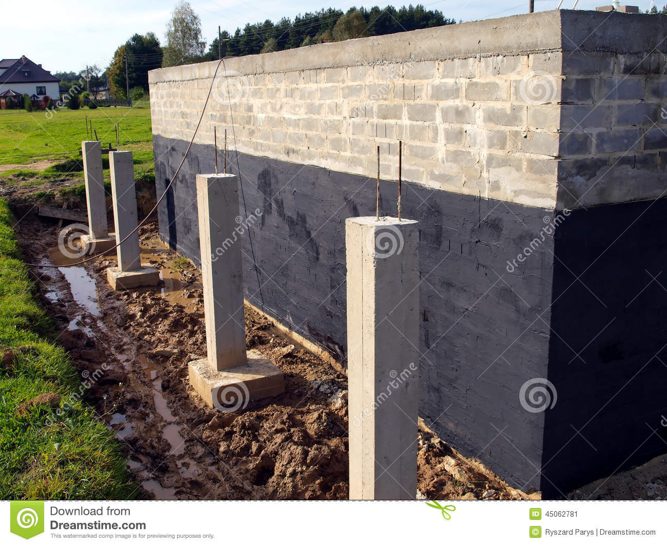 Image gallery insulation against concrete for Basement insulation wrap