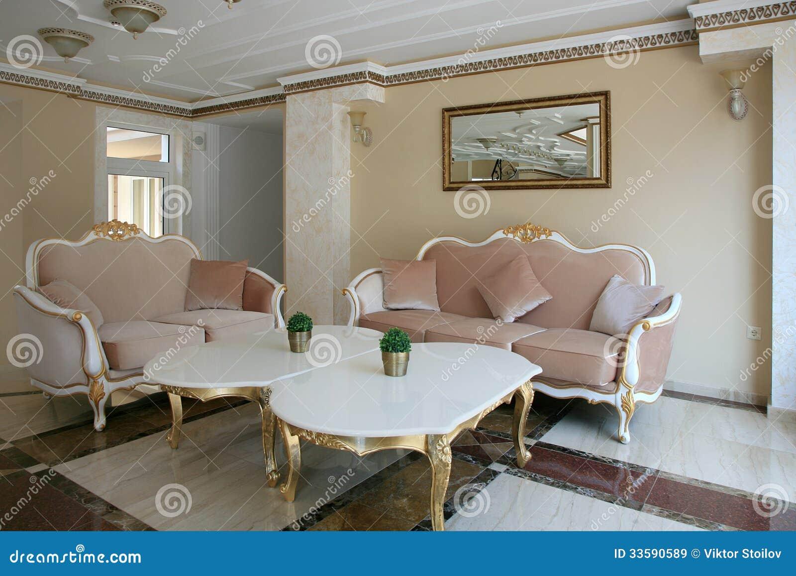 Int rieur baroque de bureau de style images libres de for Interieur baroque moderne