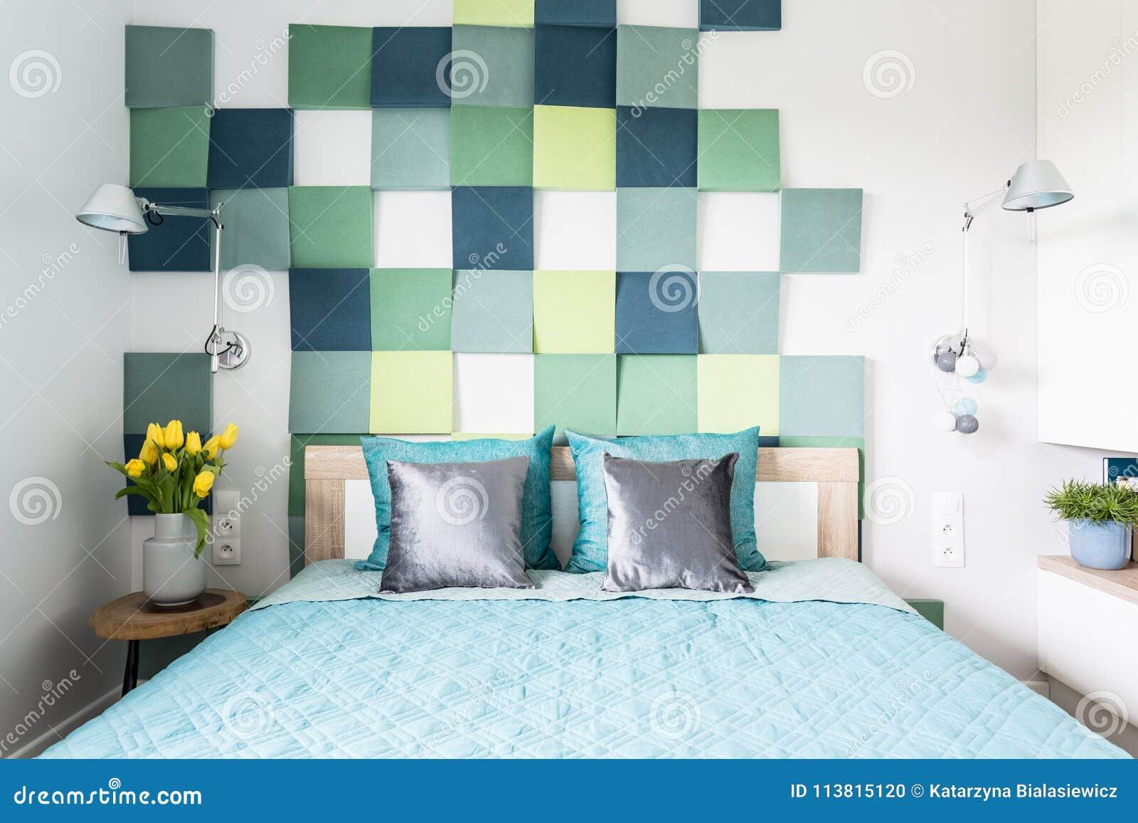Intérieur Bleu Et Vert De Chambre à Coucher Photo stock ...