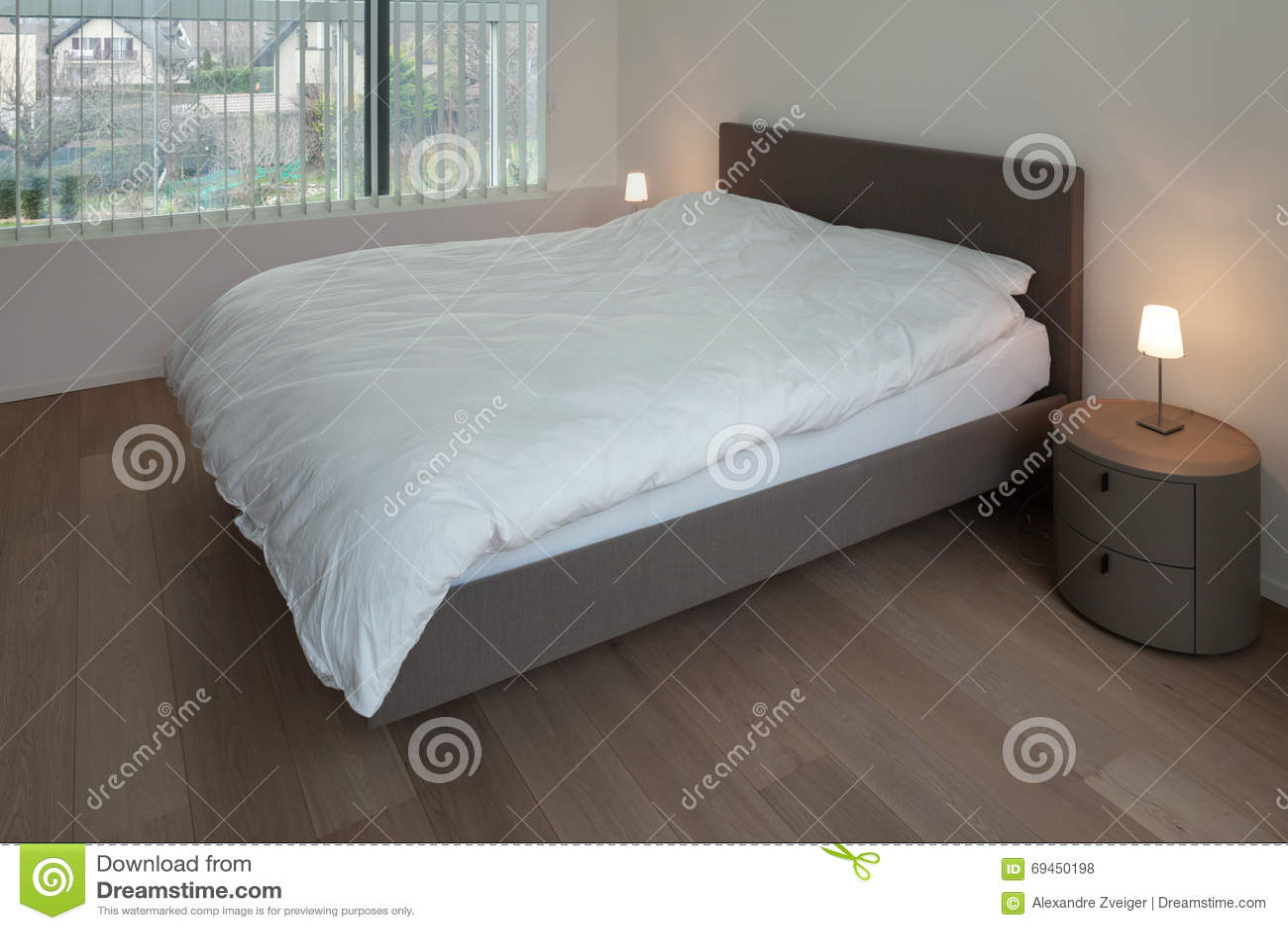 parquet pour chambre coucher parquet massif alliance largeur s chne naturel vitrifi with. Black Bedroom Furniture Sets. Home Design Ideas