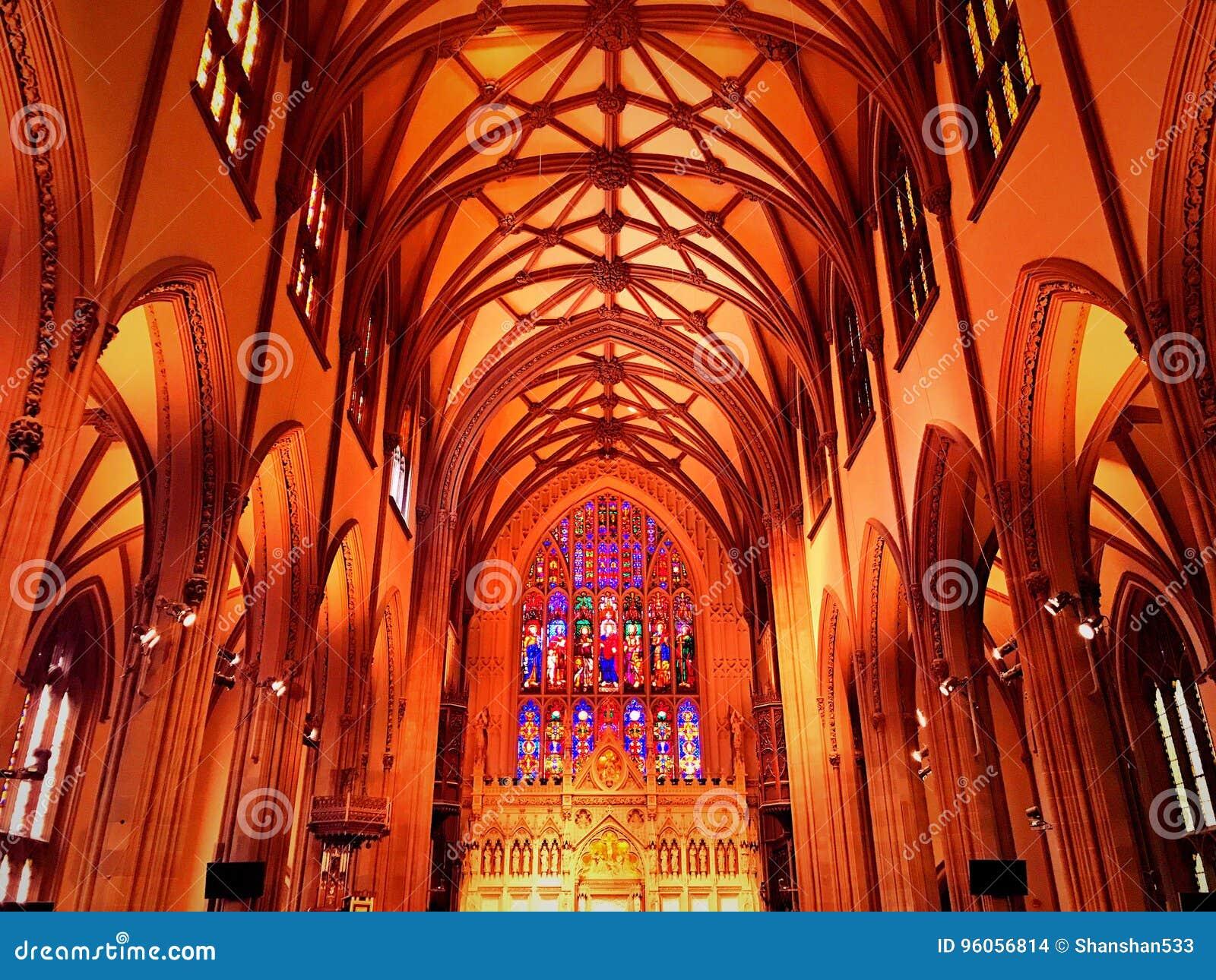 Intérieur d église Trinity à New York