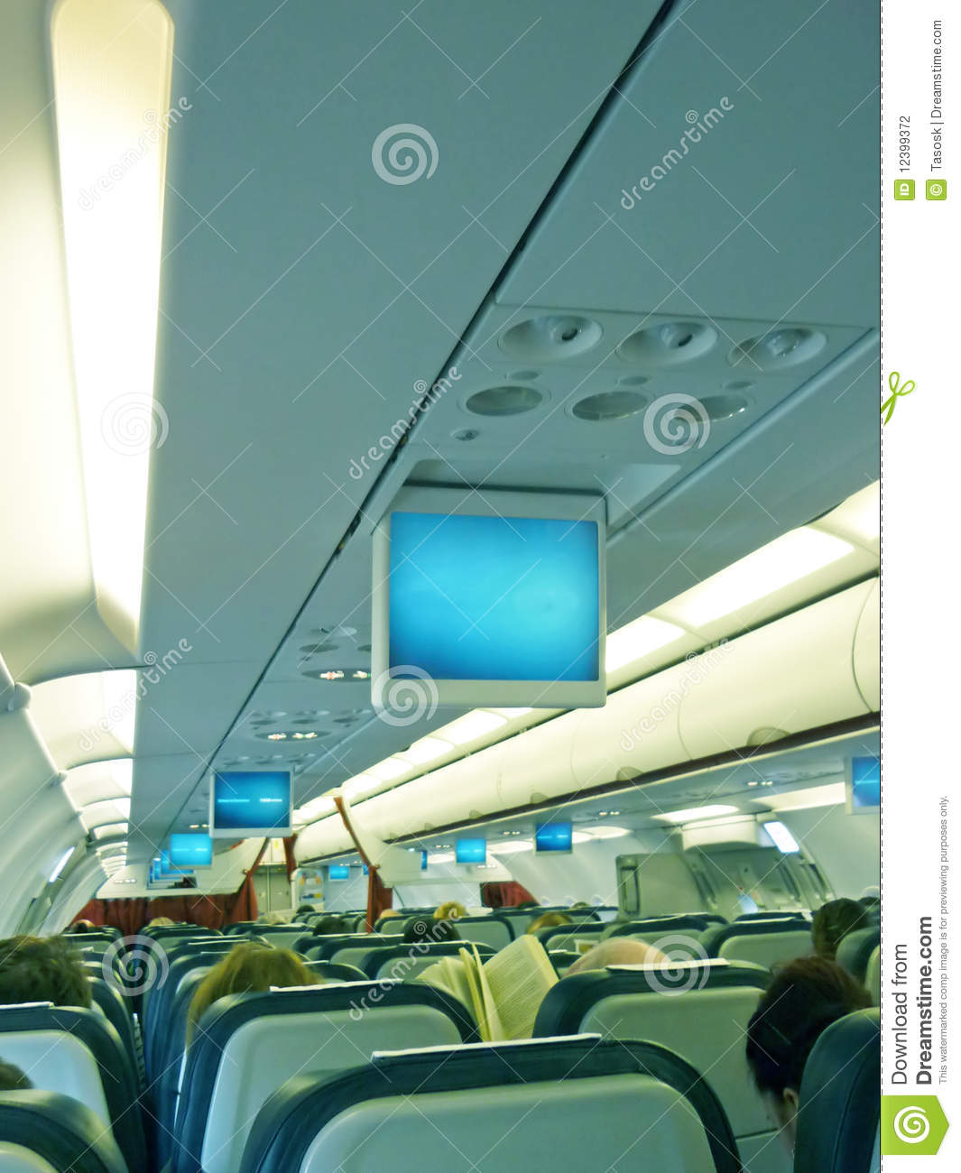 Int rieur d 39 avion photographie stock image 12399372 for Interieur d avion