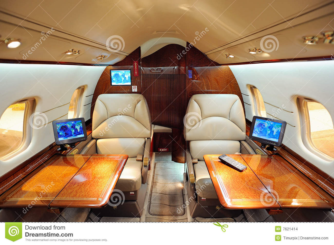 Int rieur d 39 avion d 39 avion r action images stock image for Interieur avion