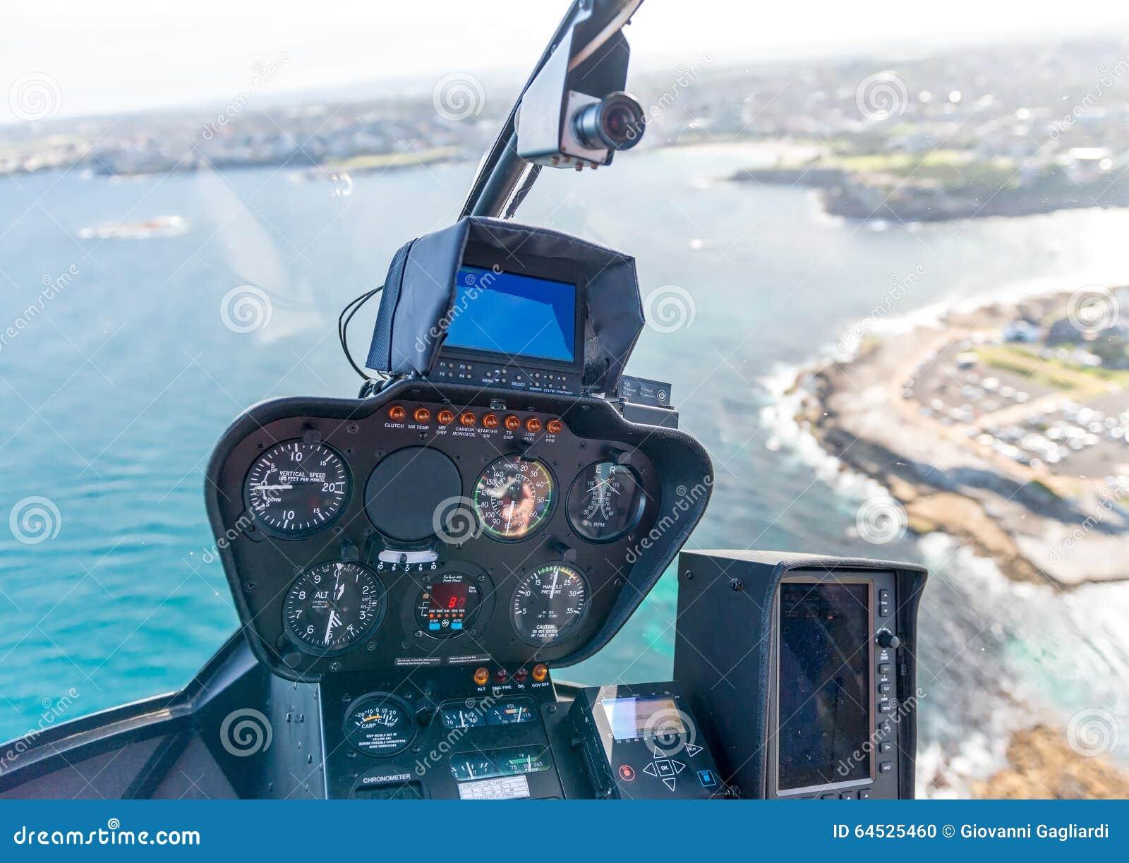 Int rieur d 39 h licopt re pendant le vol habitacle et for Helicoptere interieur