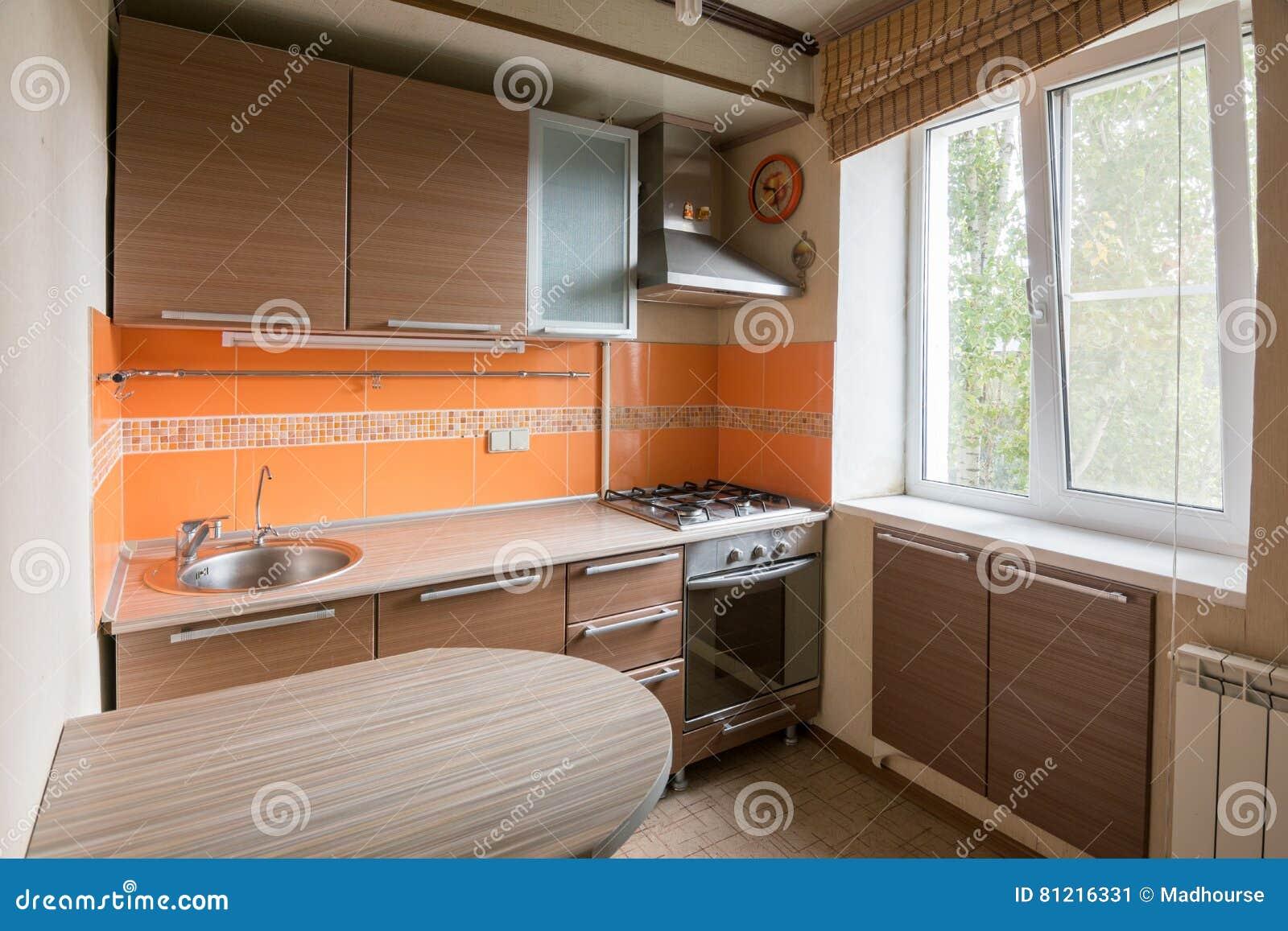 Interieur D Un Equipement Vide De Cuisine A Vendre Image Stock