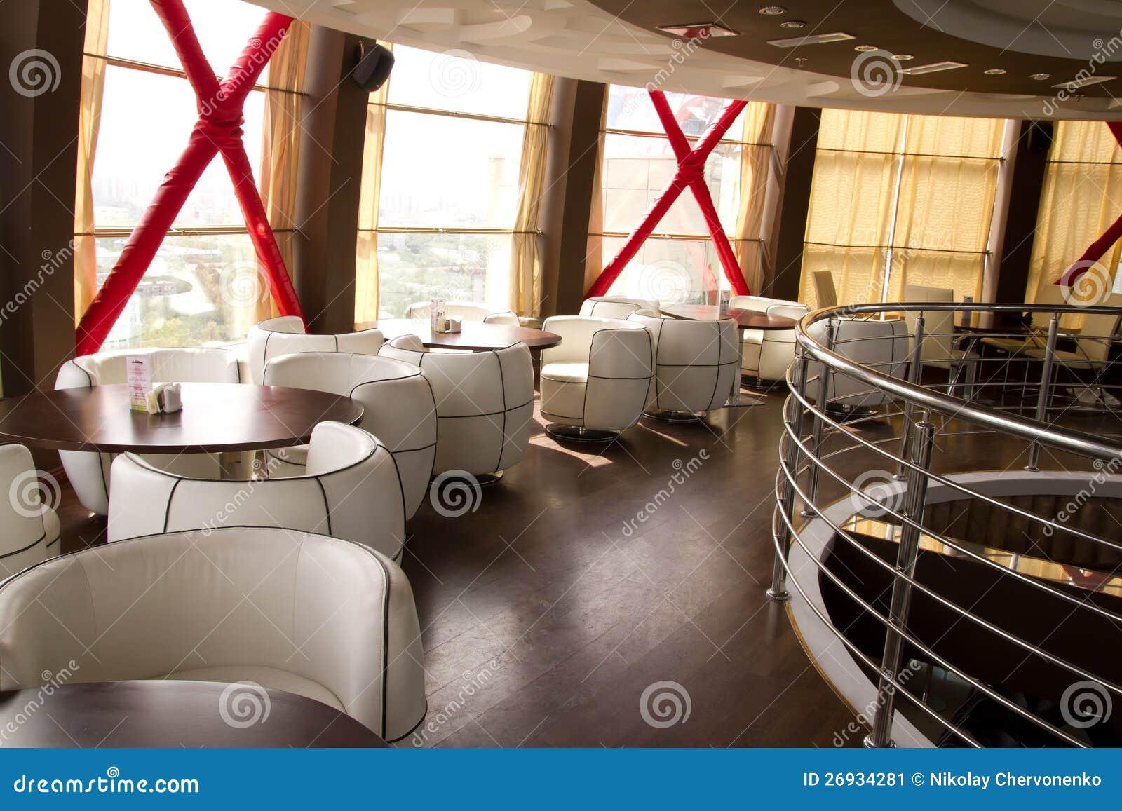 Int rieur d 39 un restaurant image stock image 26934281 for Interieur restaurant