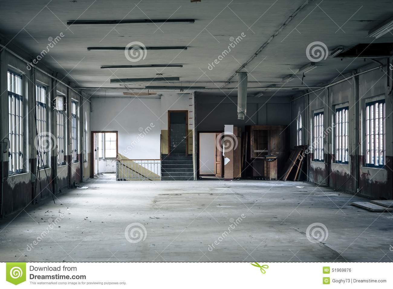 int rieur d 39 une usine abandonn e photo stock image 51969876