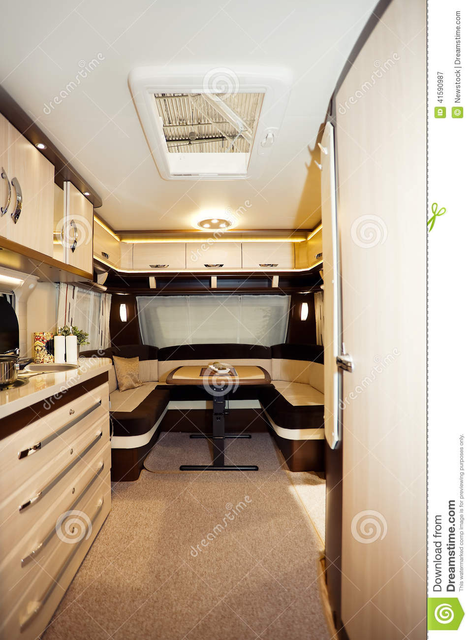 int rieur de camping car photo stock image 41590987. Black Bedroom Furniture Sets. Home Design Ideas