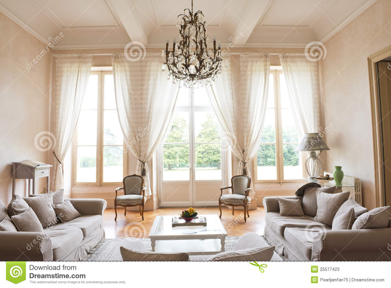 Int rieur de ch teau photos stock image 25577423 for Interieur french
