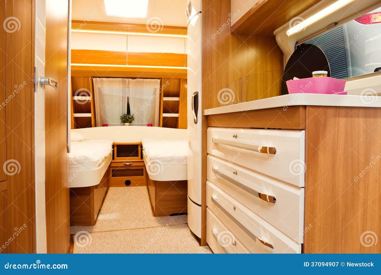 Int rieur de chambre coucher de caravane r sidentielle for Interieur de chambre moderne