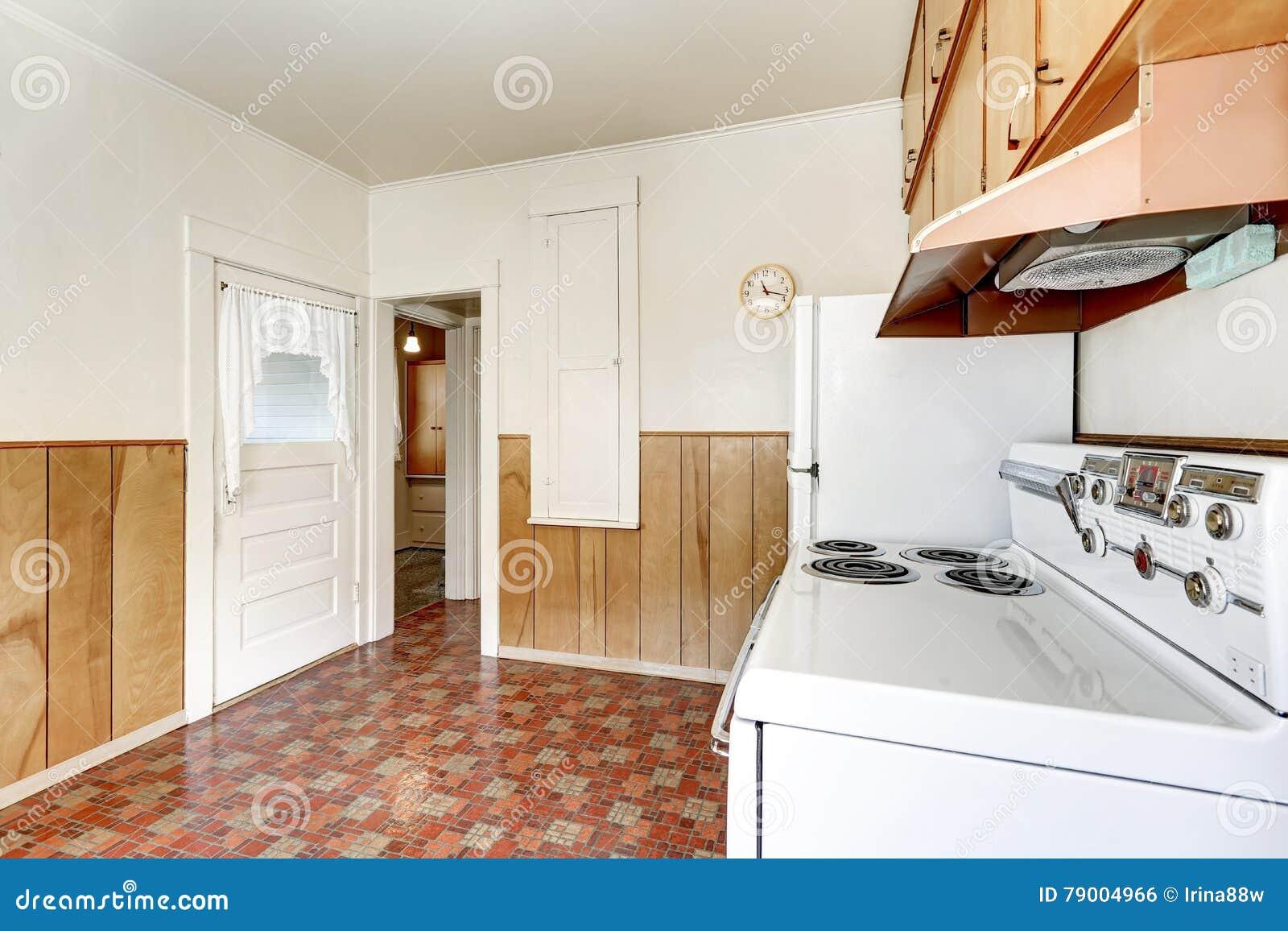 Intérieur De Cuisine De Style Ancien Avec Le Plancher De Linoléum ...