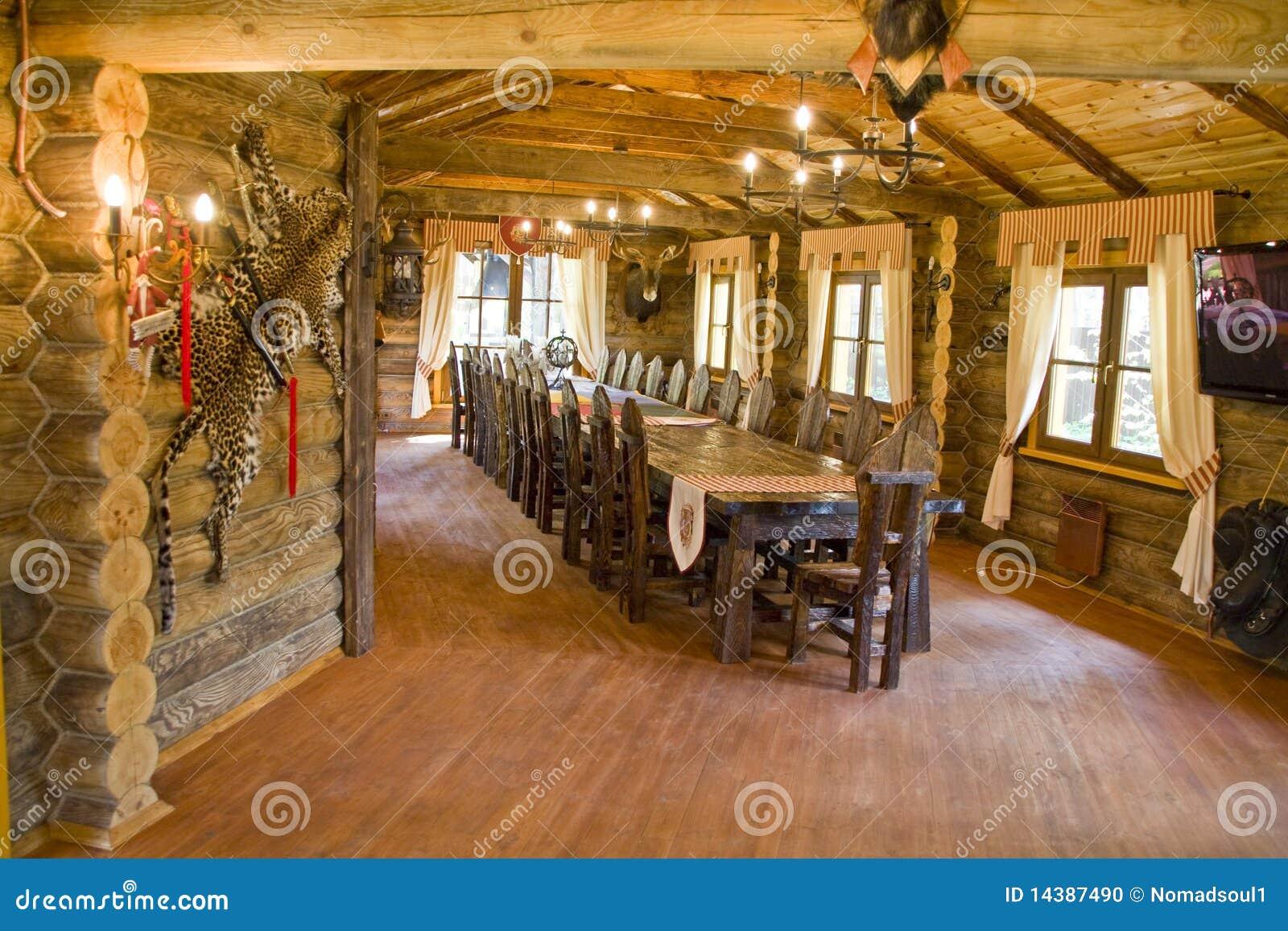 int rieur de la maison du chasseur. Black Bedroom Furniture Sets. Home Design Ideas