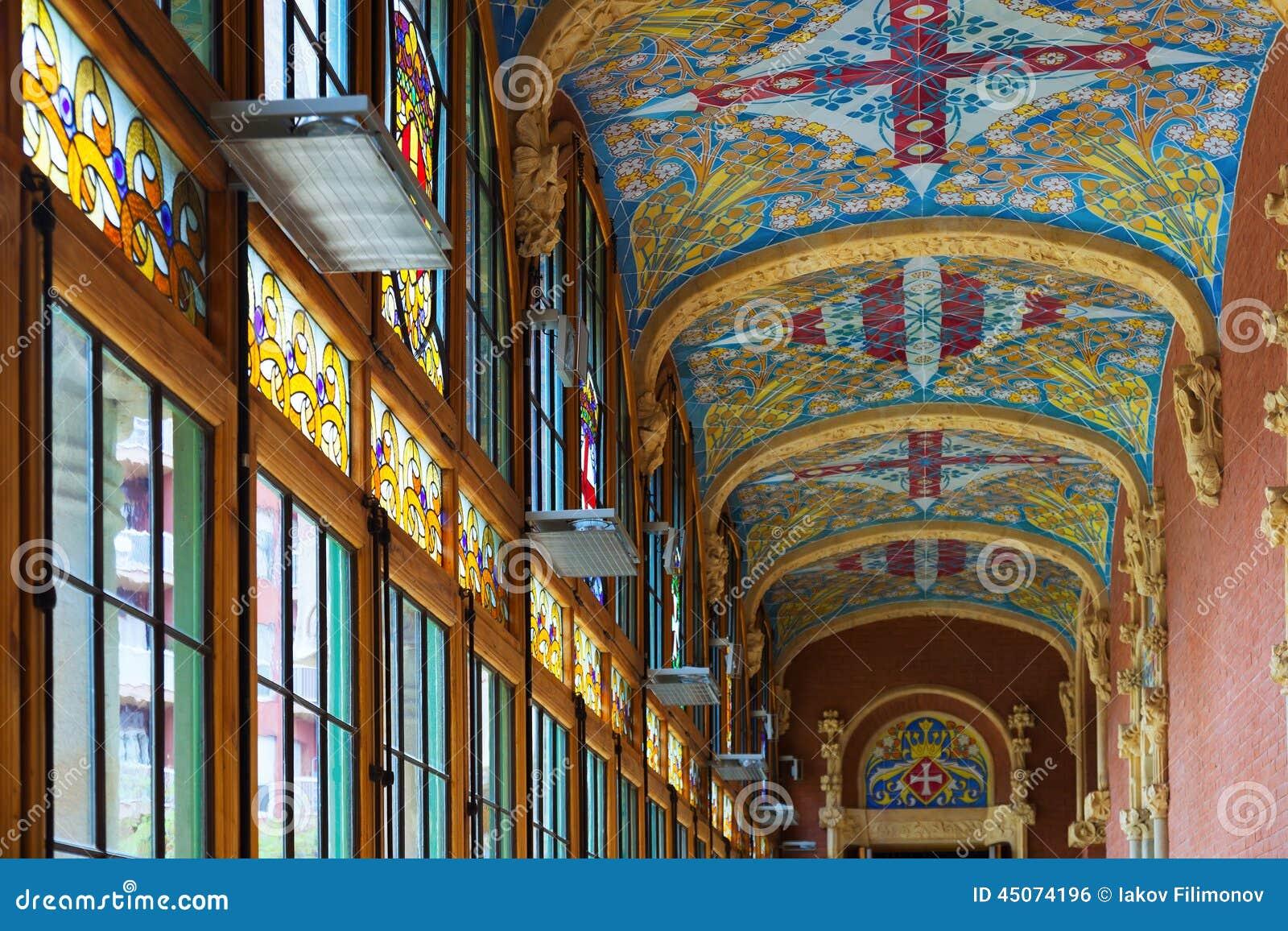 Int rieur de la santa creu de l 39 h pital de i sant pau for Interieur hopital