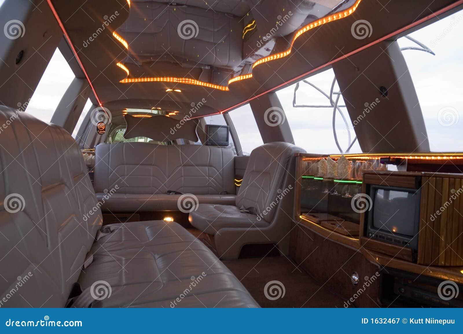 Int rieur de limousine photographie stock libre de droits for Interieur limousine