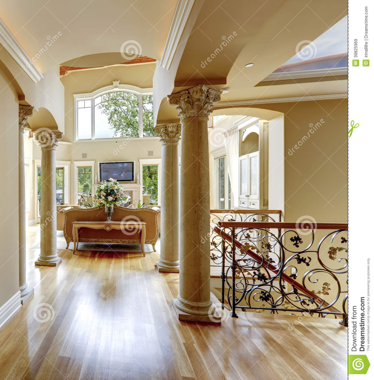 Int Rieur De Luxe De Maison Couloir Photo Stock Image