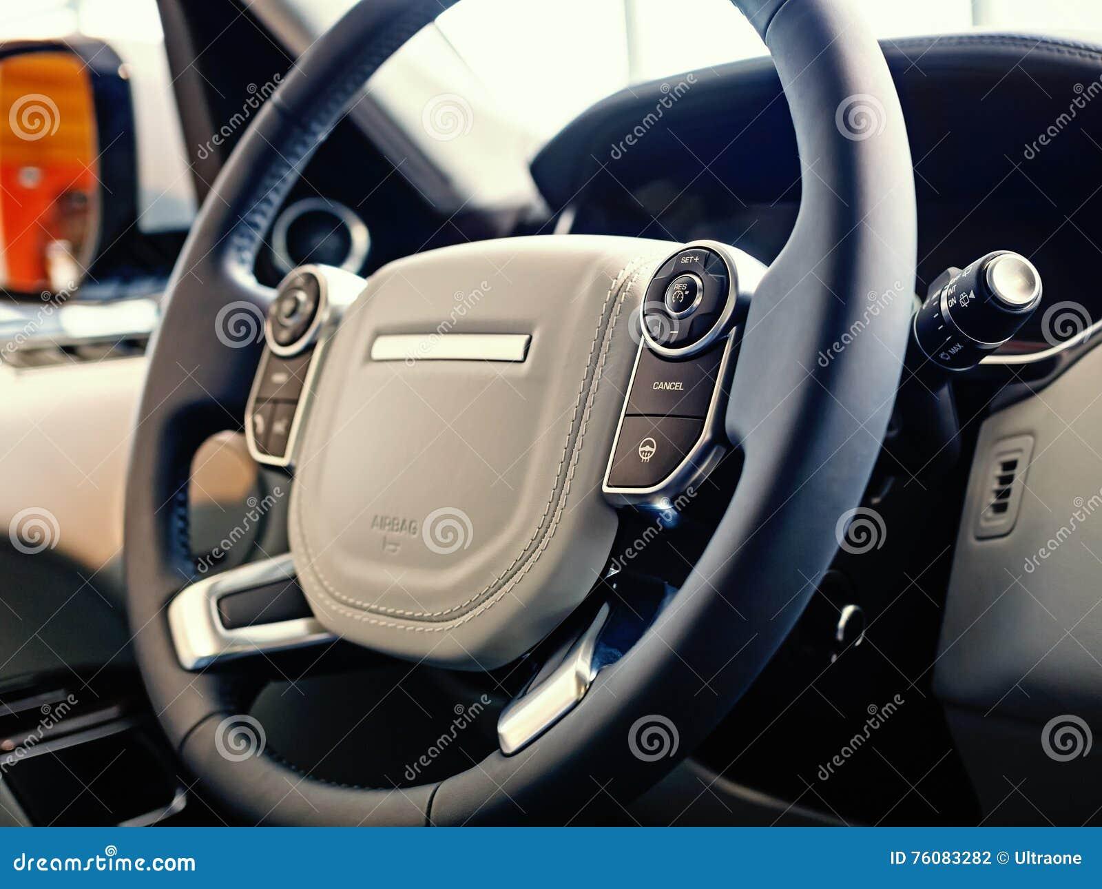 Intérieur de luxe de SUV
