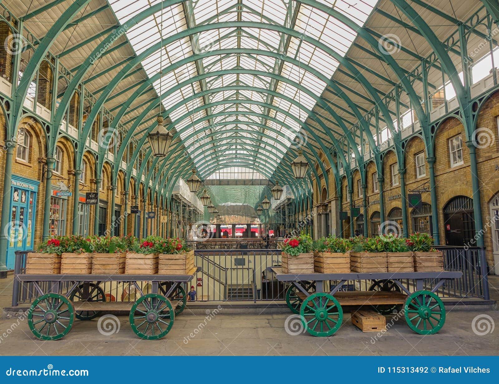 Intérieur de marché de jardin de Covent