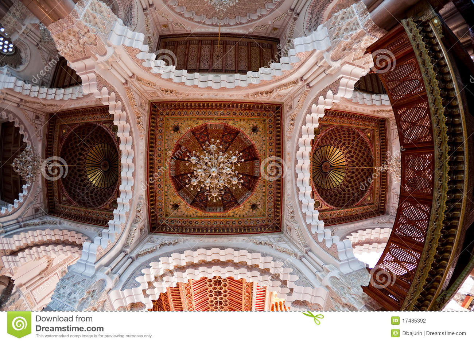 Int rieur de mosqu e de hassan ii plafond photographie for Mosquee hassan 2 interieur