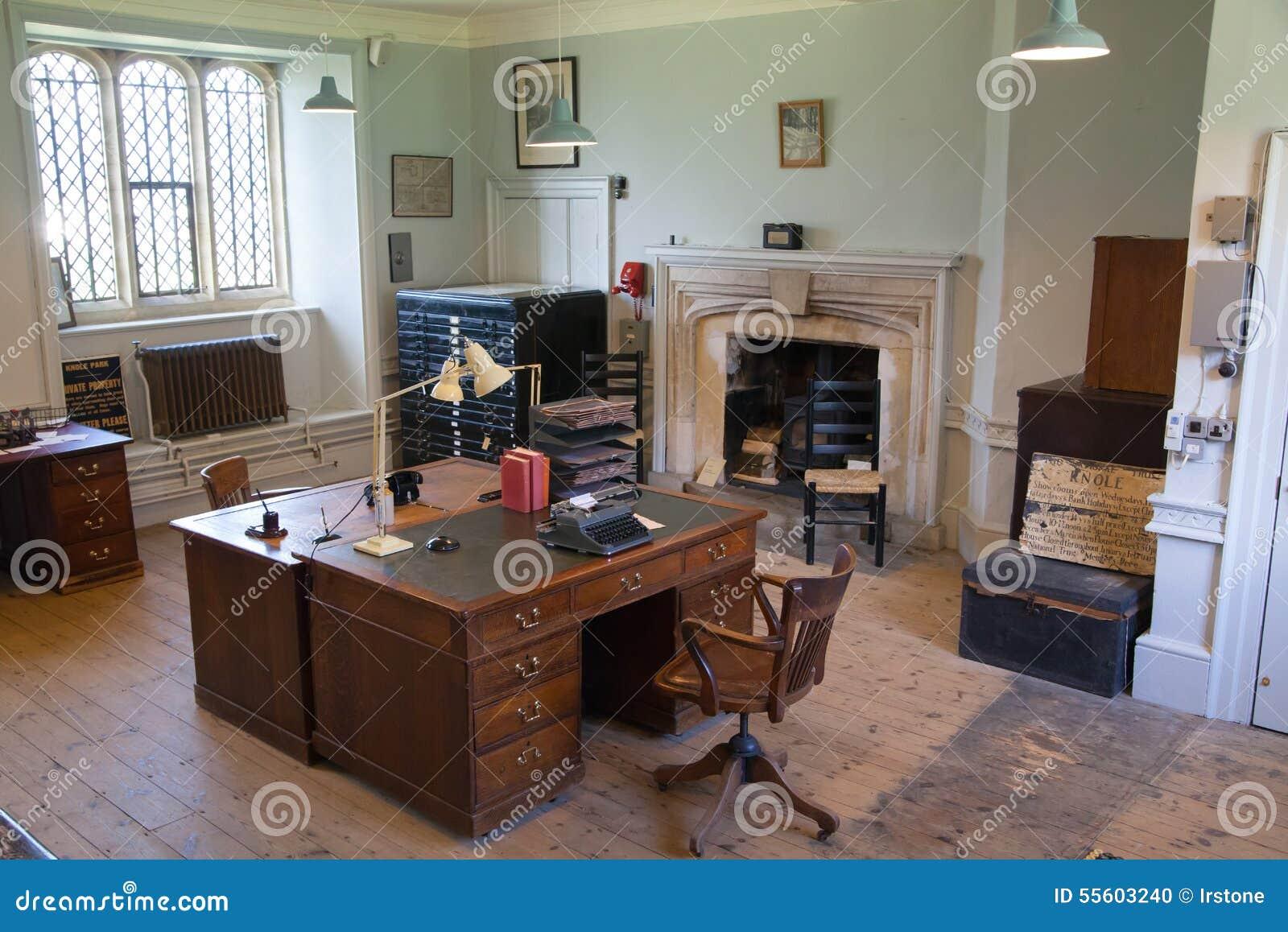 Intérieur de vieux bureau anglais centre éducatif de vieux jardin