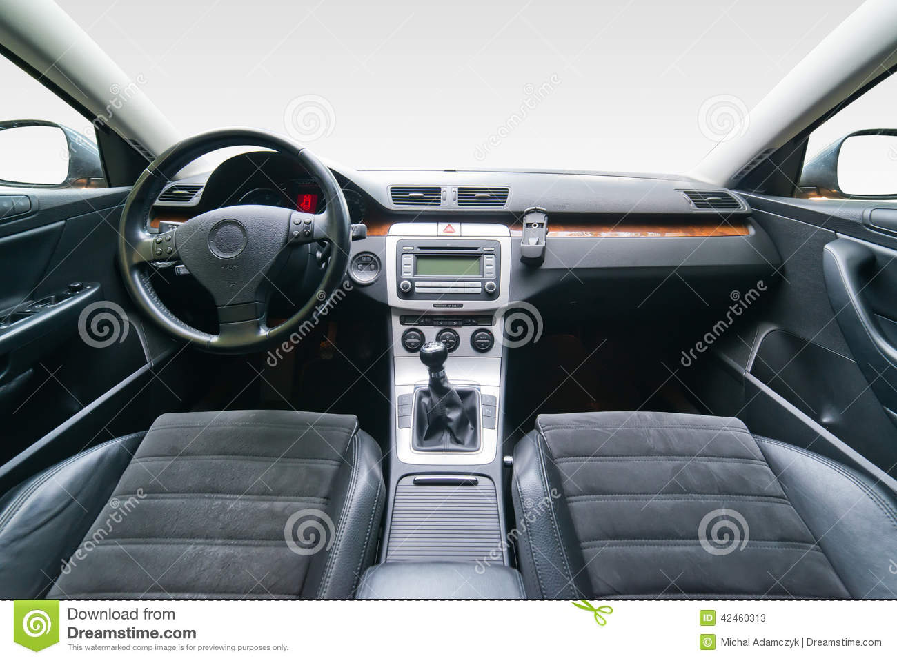 Int rieur de voiture de luxe photo stock image 42460313 for Interieur luxe