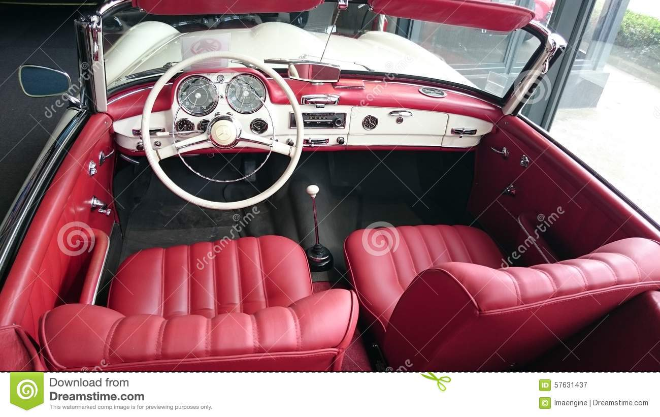 Int rieur en cuir rouge de mercedes benz 190sl for Interieur mercedes 190