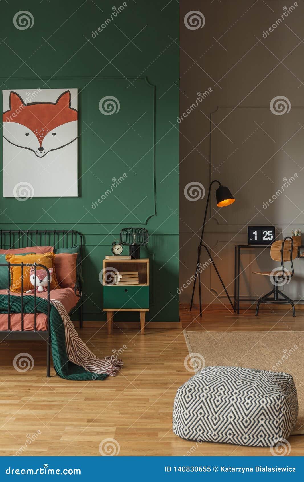 Coussin Pour Chambre D Ado intérieur ouvert de plan avec la chambre à coucher et espace