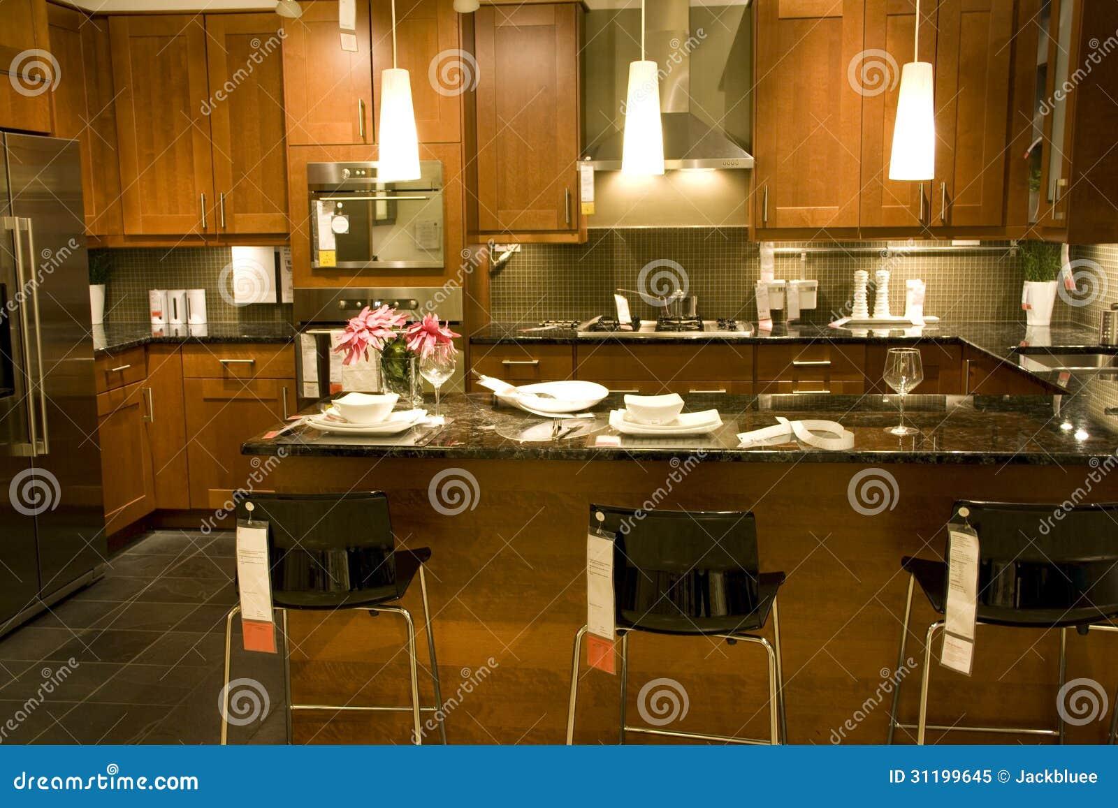 Int rieurs de maison d 39 arrangement de comptoir de cuisine for Arrangement de cuisine
