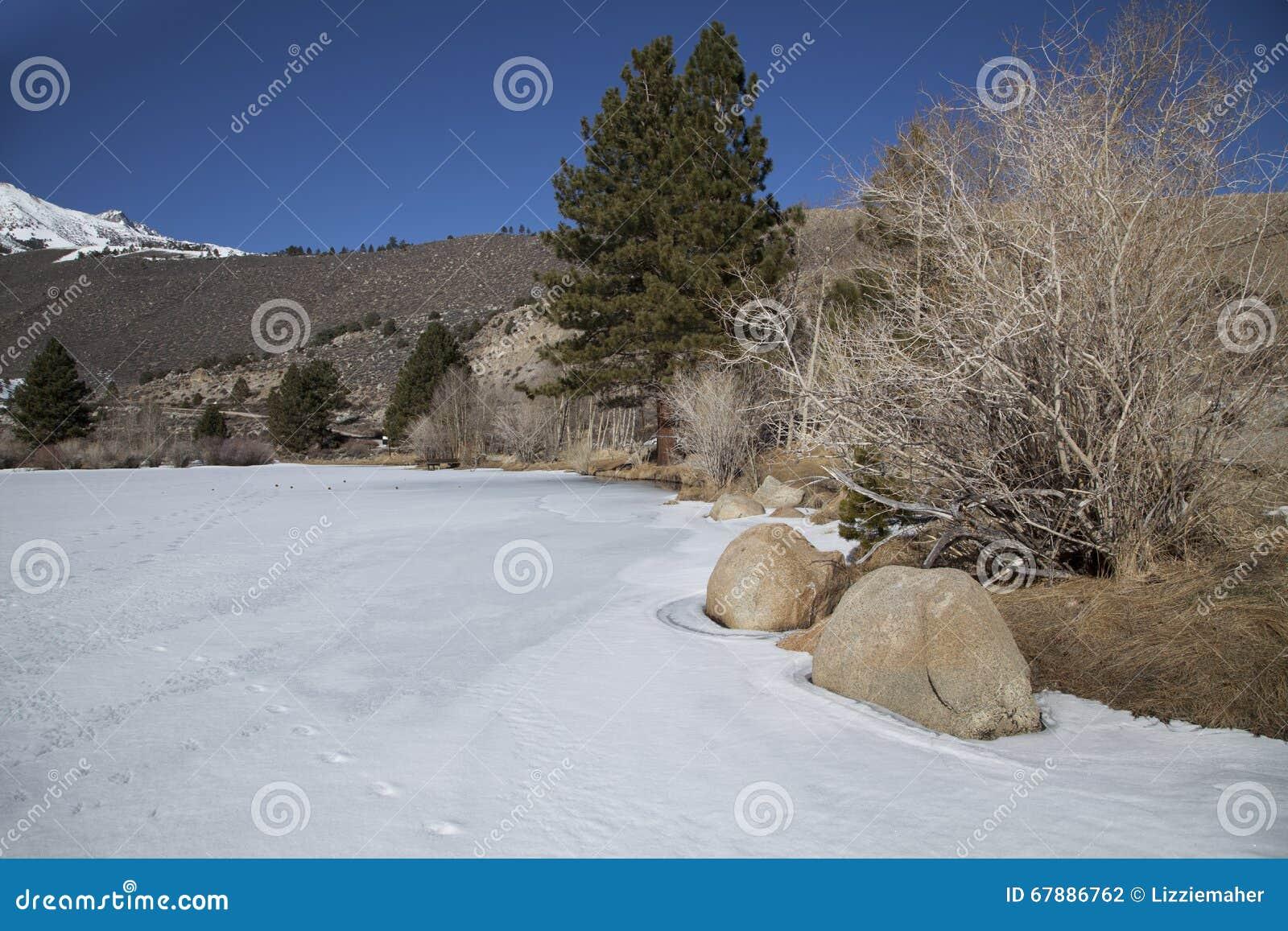 Intake II冻湖