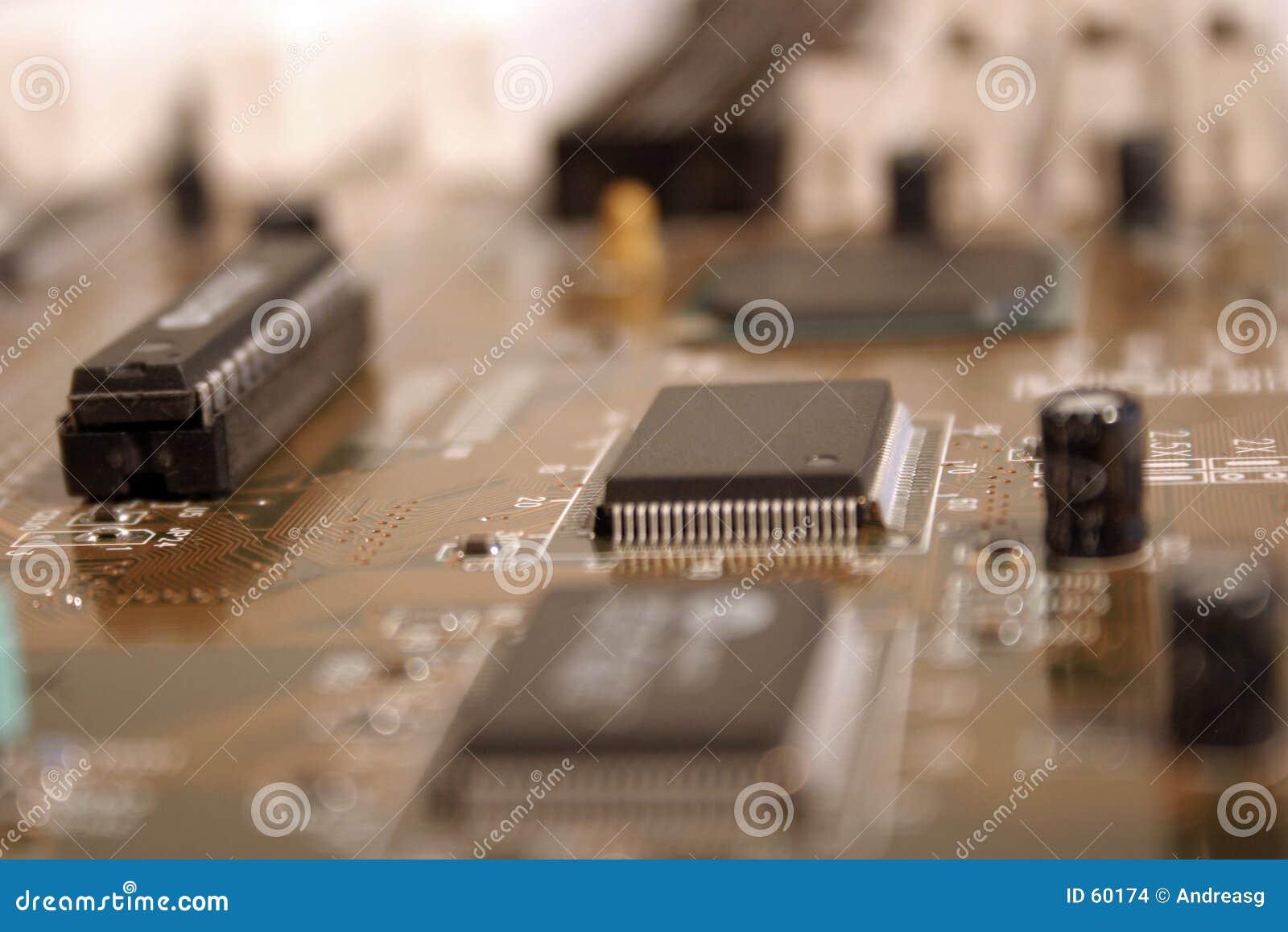 Integrerad strömkrets 4