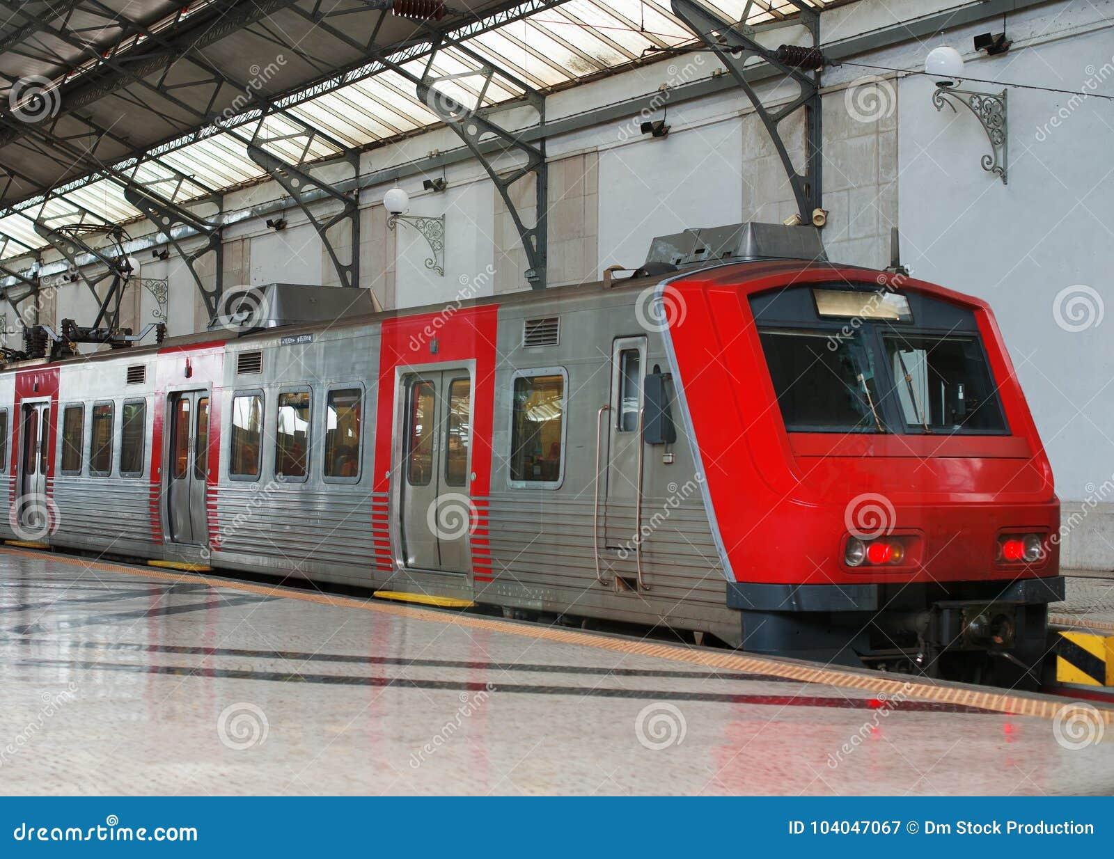 Intercity τραίνο