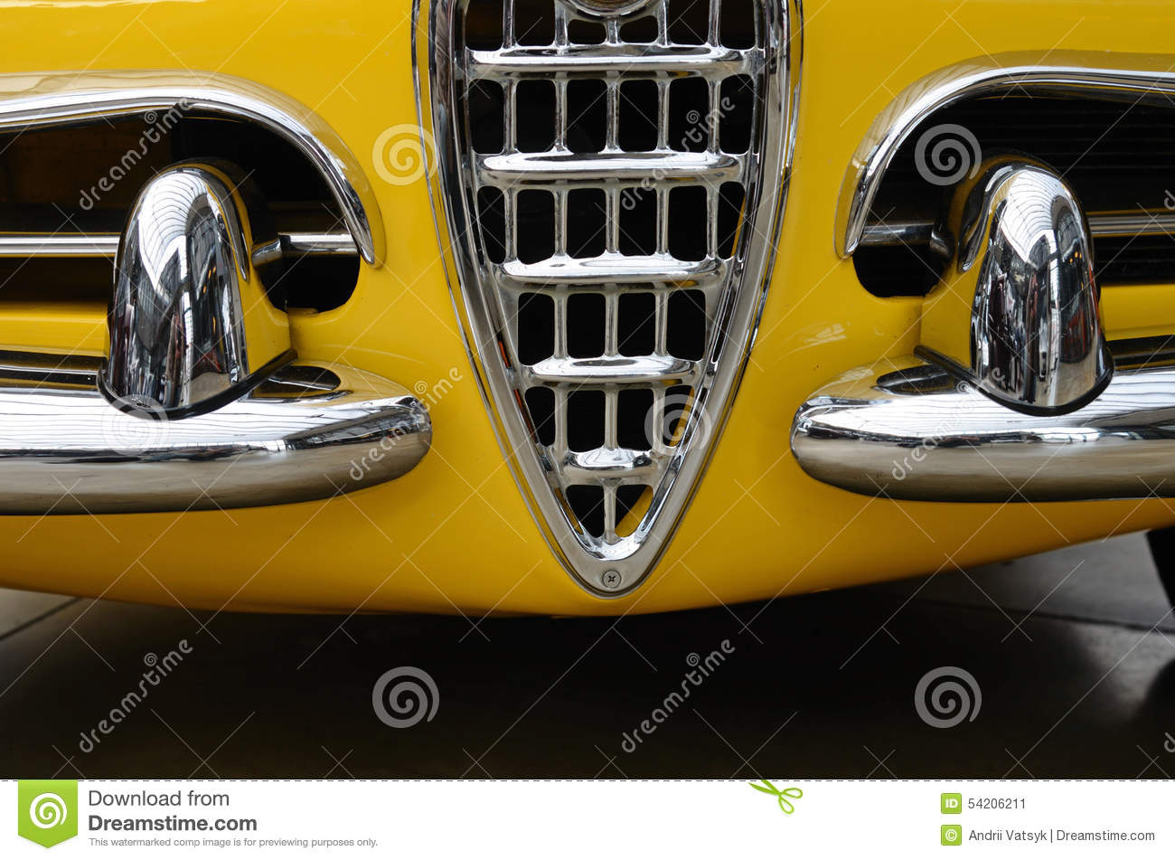 Interesting Design Of Old Car With Original Headlight And Bumper - Interesting old cars