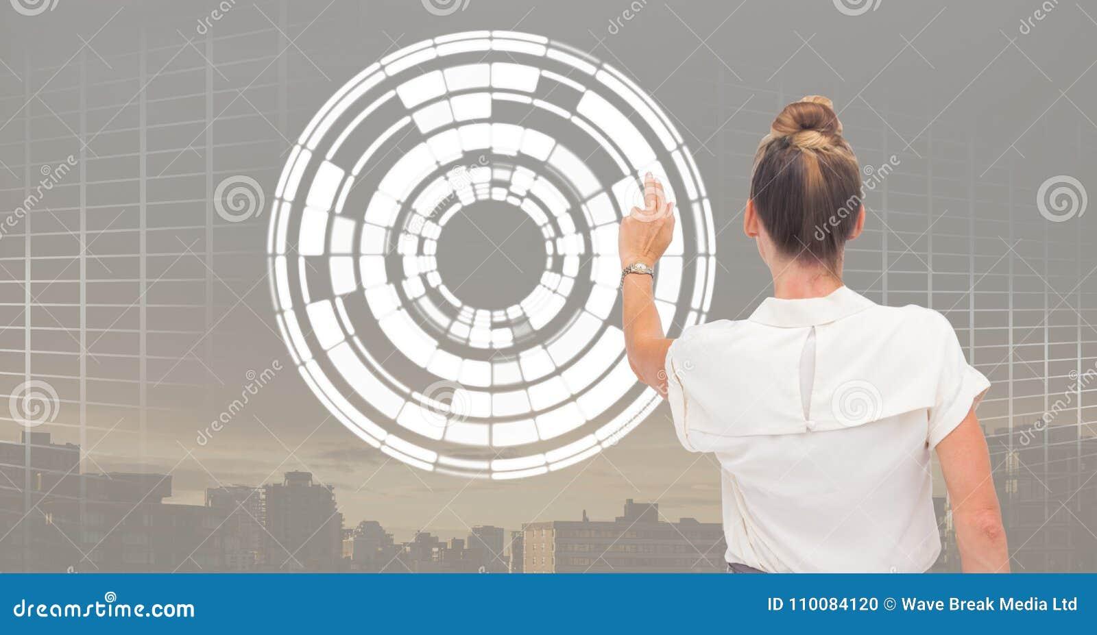 Interface émouvante de cercle de femme