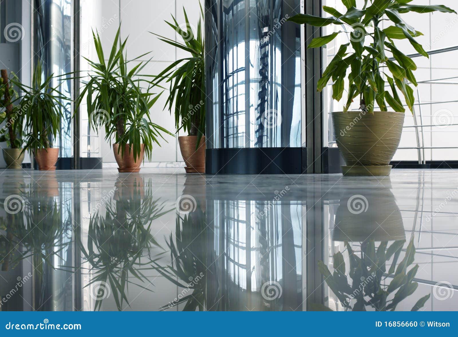 Download Interior foto de stock. Imagem de planta, assoalho, cidade - 16856660