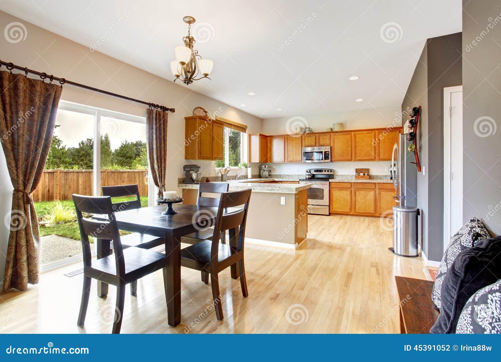 Interior Americano Da Casa Com Planta Baixa Aberta Sala Da Cozinha