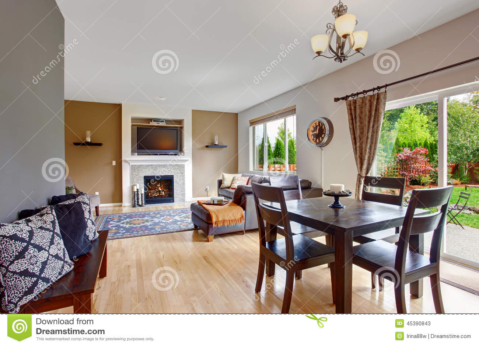 Interior americano da casa com planta baixa aberta sala de Casas americanas interior