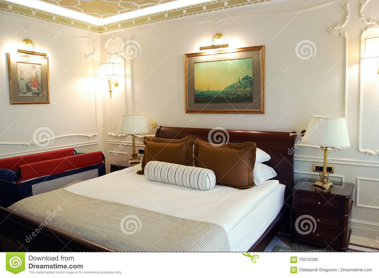 Interior of bedroom in the high class hotel editorial for Chambre a coucher high gloss