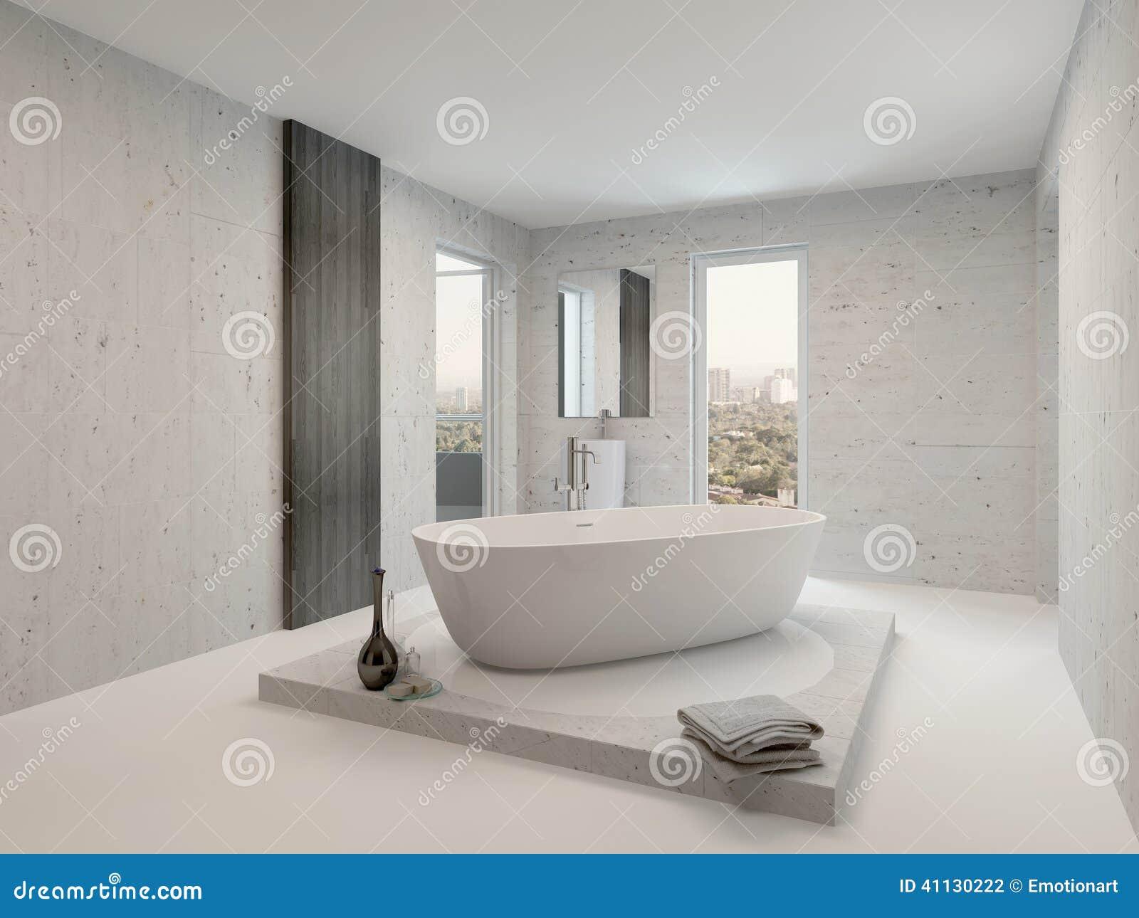 Interior branco limpo puro do banheiro com banheira