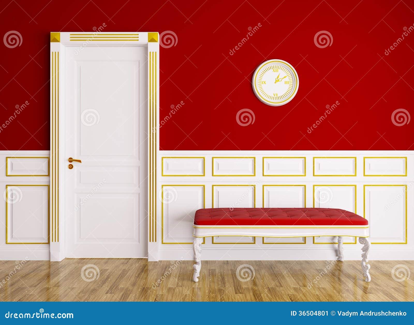 Interior clássico com sofá e porta
