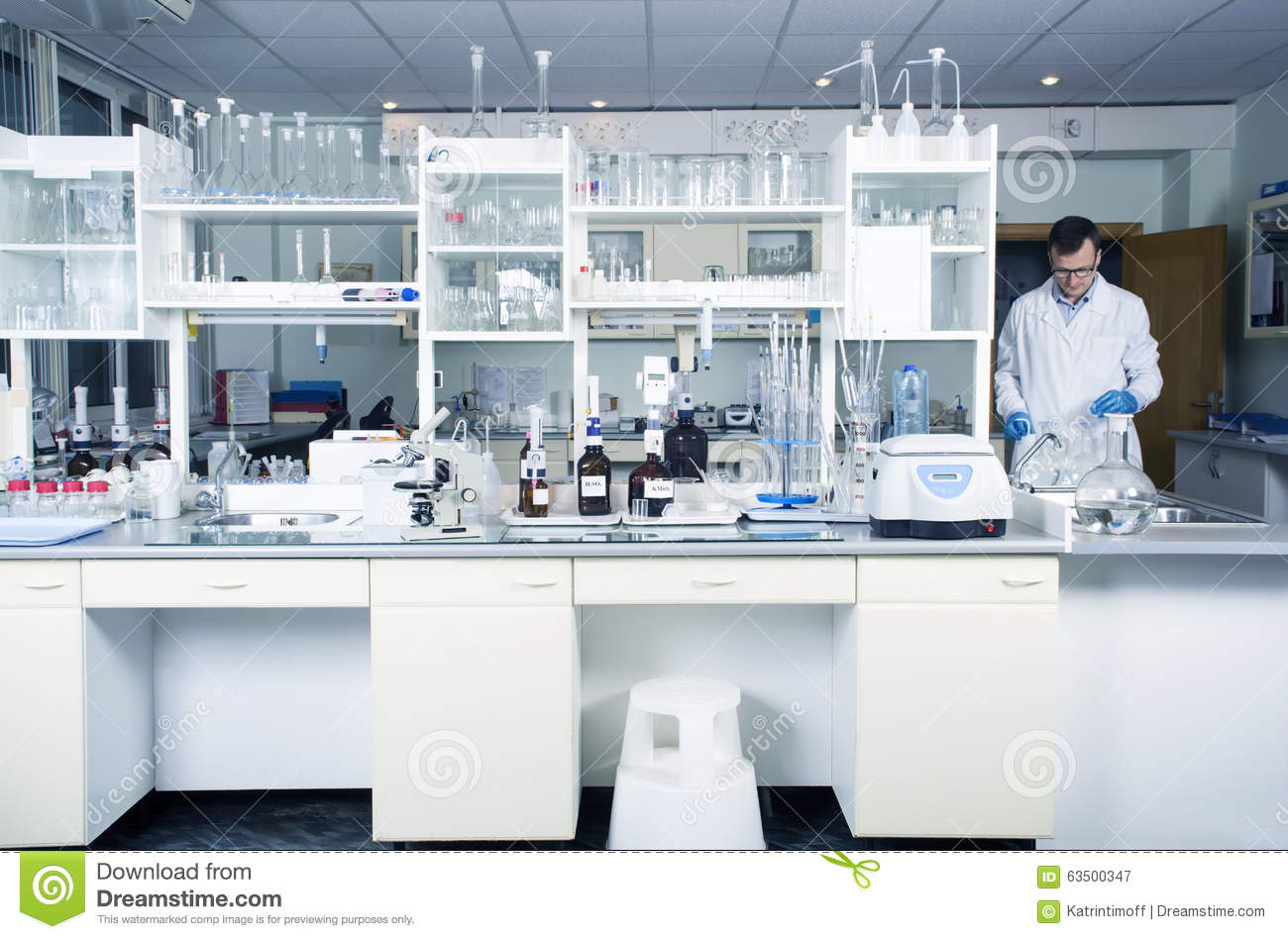 Science Lab Interior Design