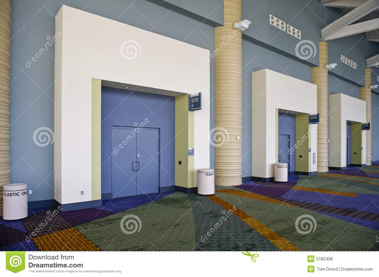 952 #684313 The Inside Of The Orange County Convention Center In Orlando  Florida Picture/