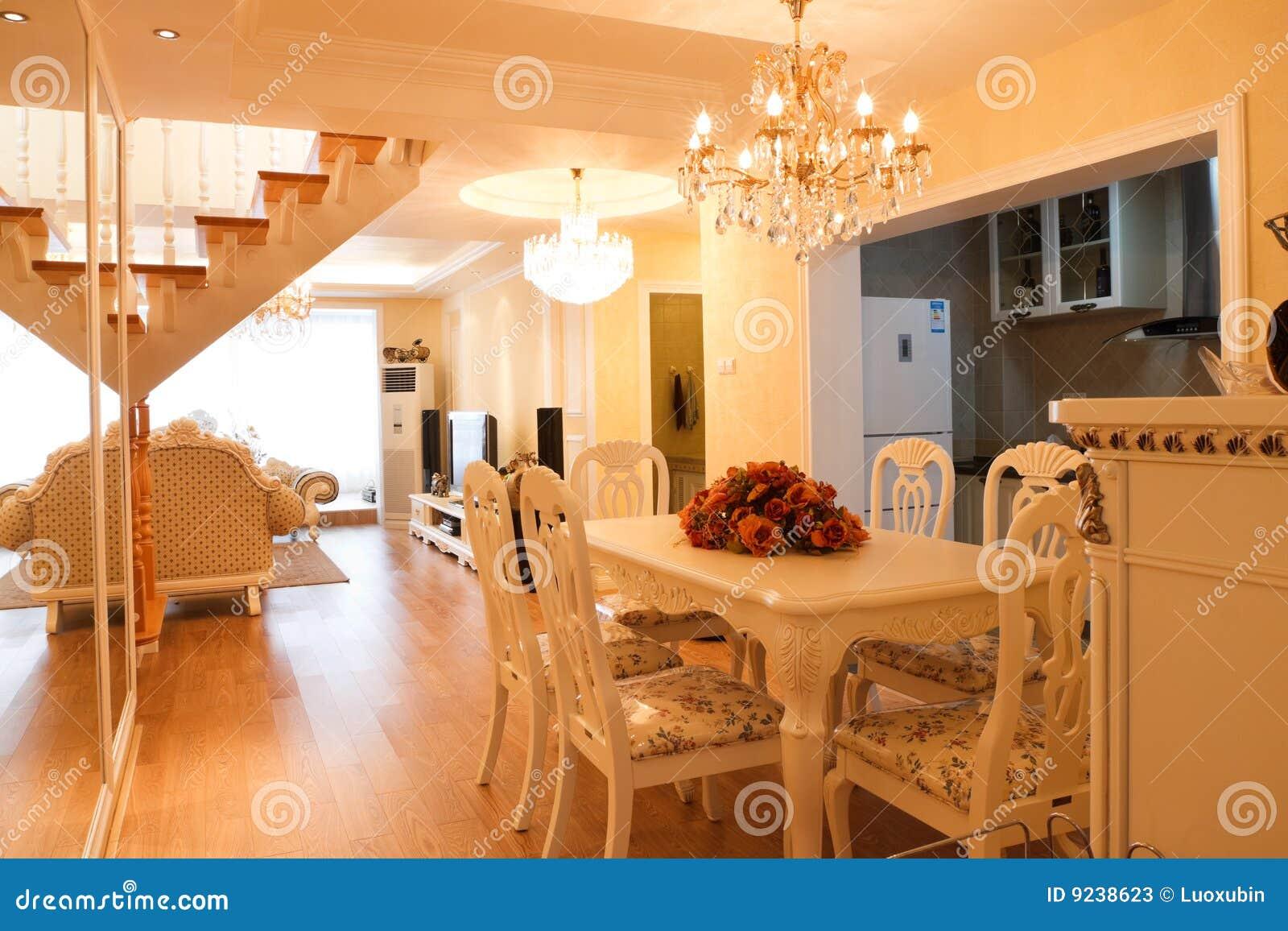 Interior costoso de lujo de la casa imagen de archivo for Decoracion de casas de lujo interiores