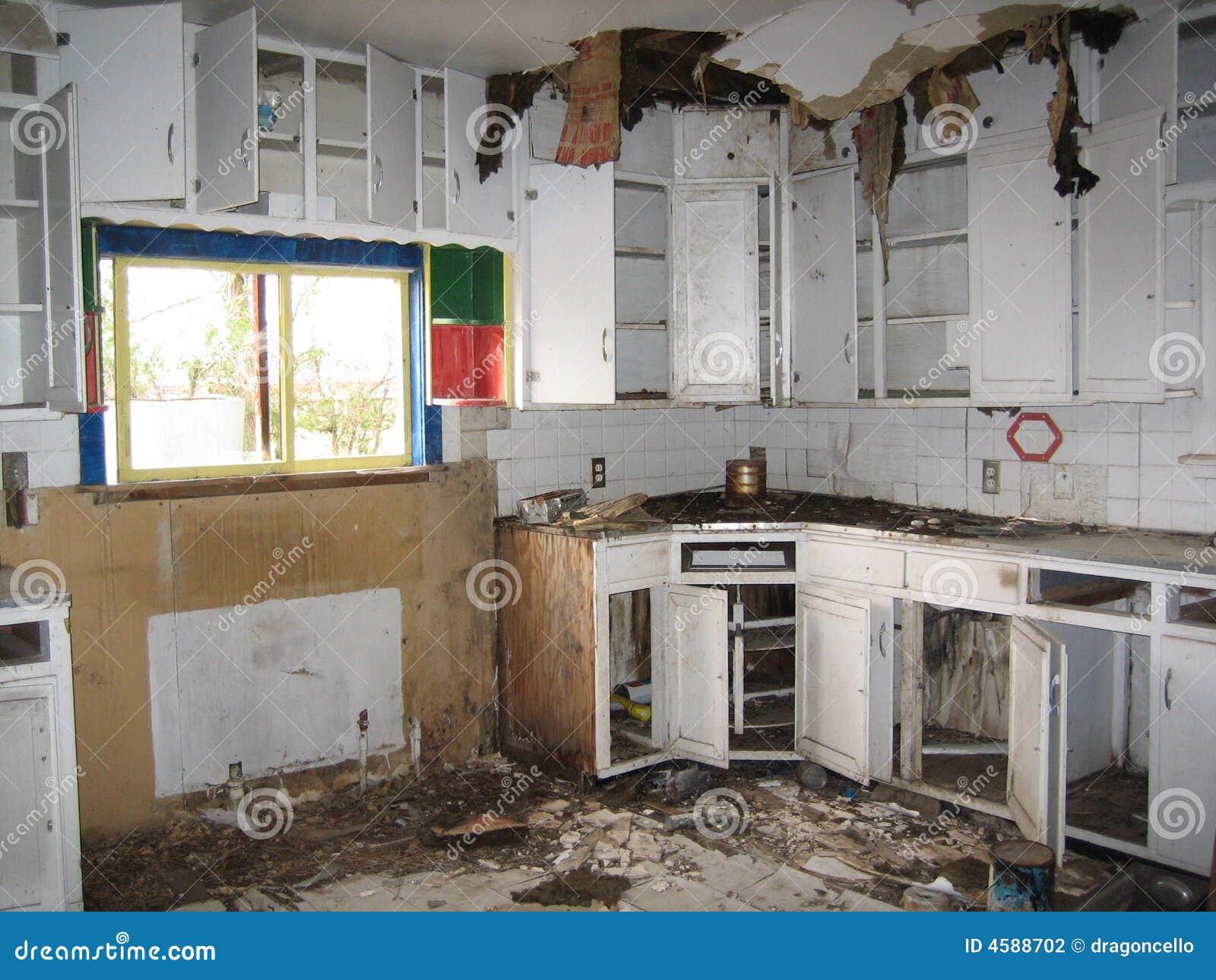 Interior Da Casa Abandonada Fotografia de Stock  Imagem 4588702