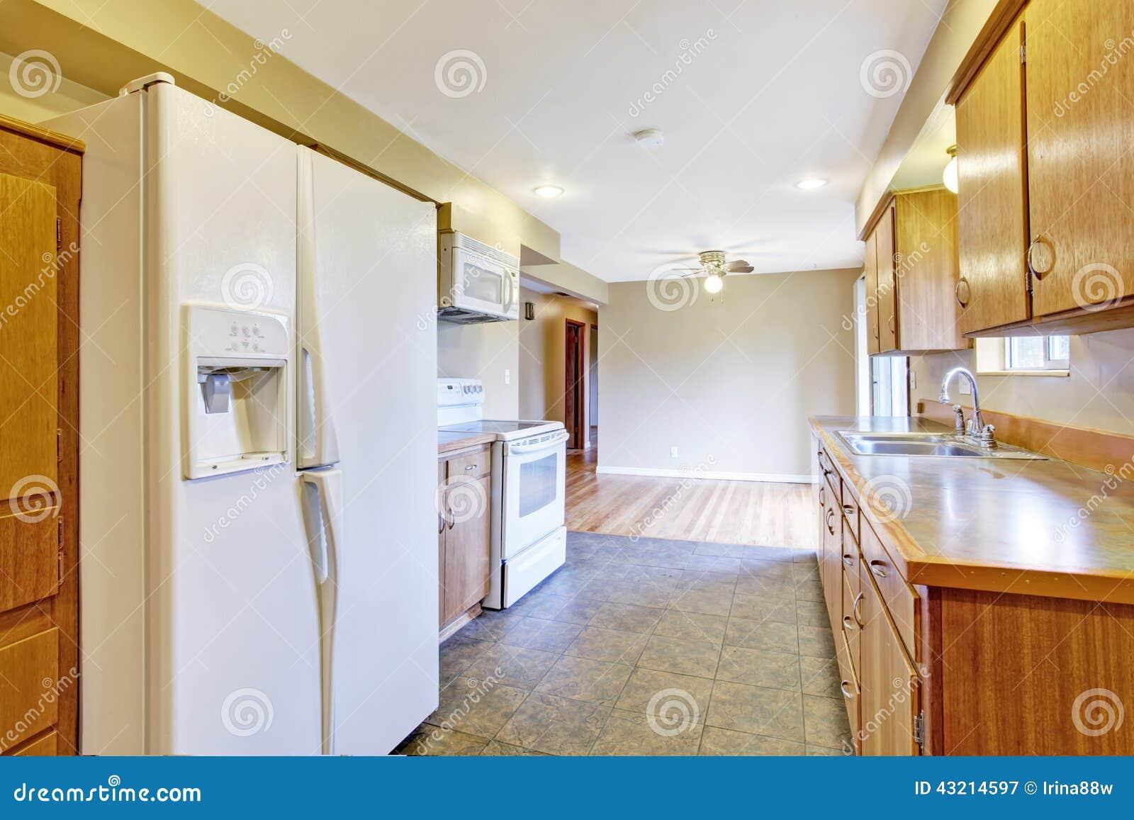 #854212 Mais imagens similares de ` Interior da cozinha com o espaço para  1300x957 px Planos De Armários De Cozinha_993 Imagens