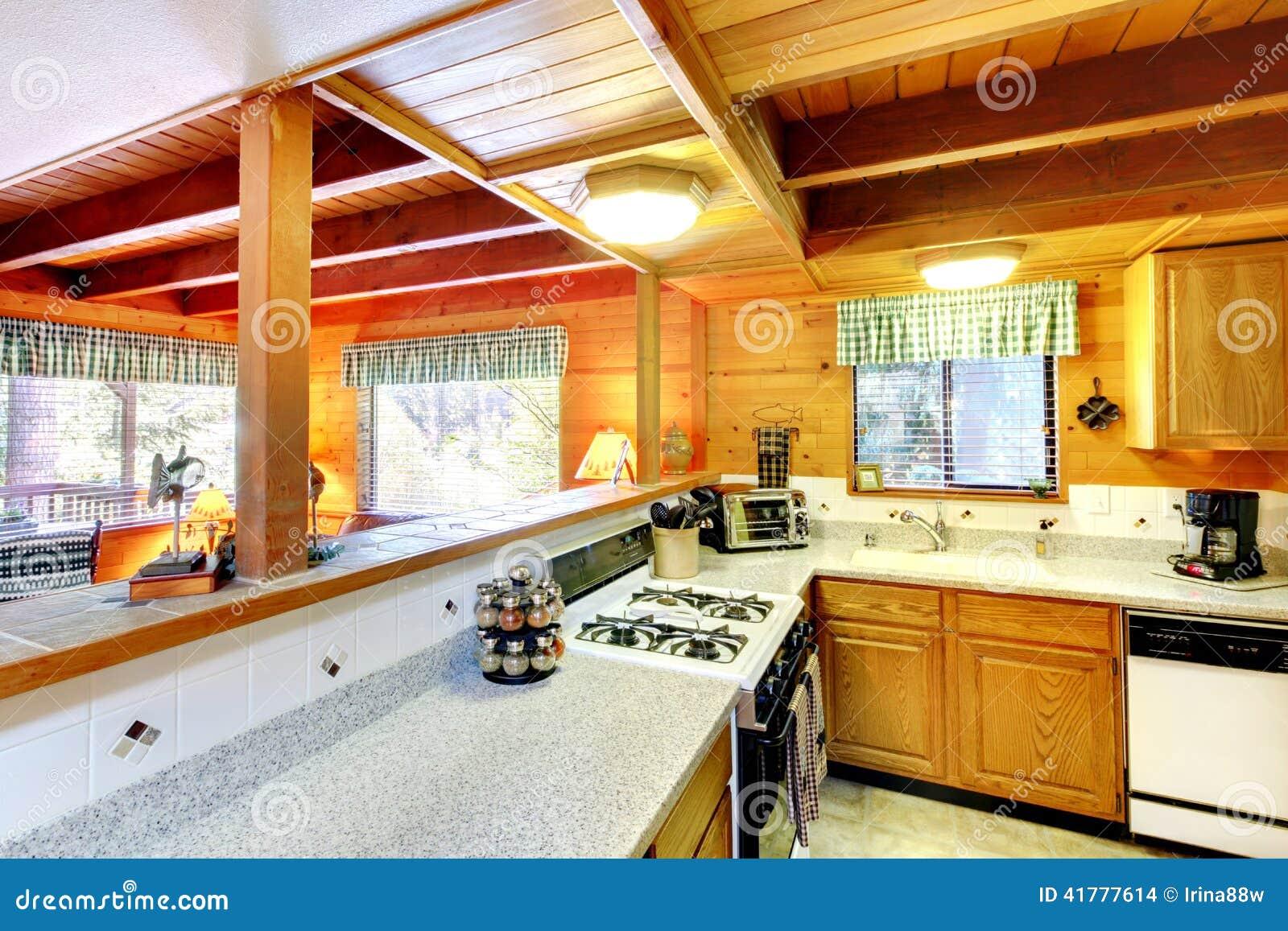#BC3E0F Interior Da Cozinha Na Casa Da Cabana Rústica De Madeira Foto de  1300x957 px Planos De Armários De Cozinha_993 Imagens