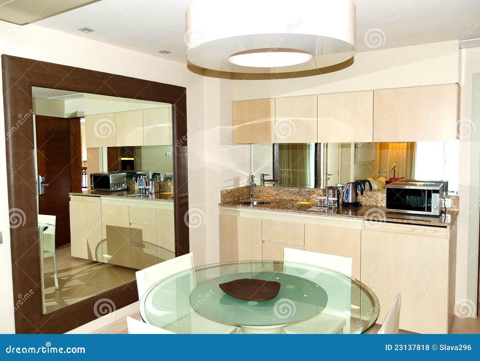 Interior Da Cozinha Na Casa De Campo Luxuosa Fotos de Stock Royalty  #82A328 1300 994
