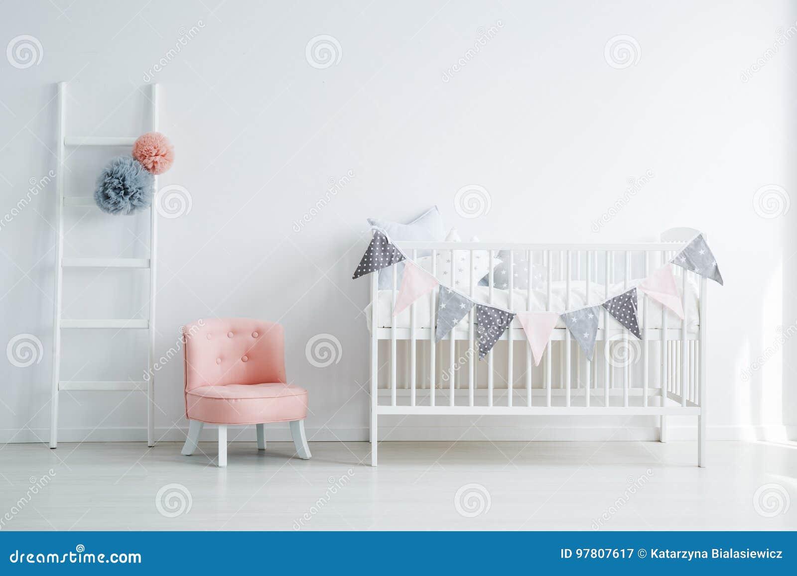 Interior da sala do ` s do bebê de Minimalistic